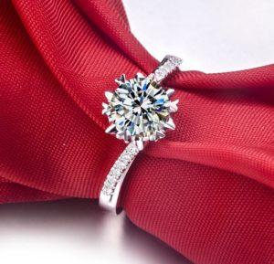 Rubie Rae engagement ring 2