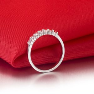 Rubie Rae engagement ring 3