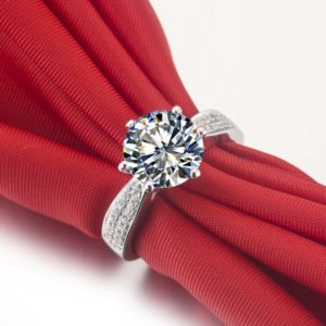 Rubie Rae engagement ring 4