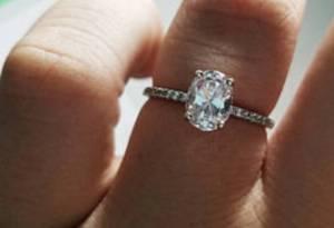 Rubie Rae bespoke Engagement Ring 224